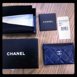 NIB Chanel Classic Caviar Navy Cardholder
